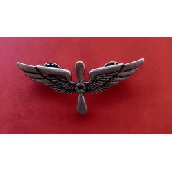 Brooch Propeller